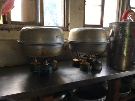 How the porters cook at the hut