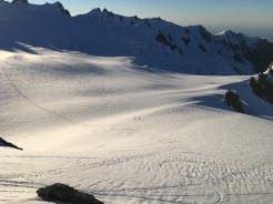 Ski tourers returning to Centennial Hut